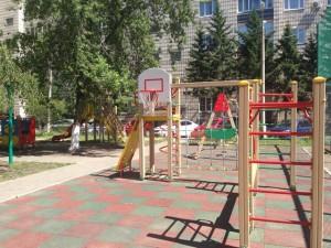 blagoustroennii_dvor_krasnoyarsk1