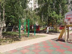 blagoustroennii_dvor_krasnoyarsk2